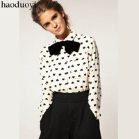 2014 New haoduoyi minimalist retro antique style heart-shaped sweet lady printed Peter Pan collar shirt