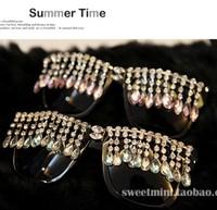 FreeShipping Handmade Exaggerate Fashion Innovative Items Women Designer Tassels Bling Bling Rhinestone Holiday Sunglasses
