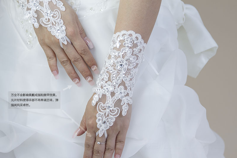 Elegant lace rhinestone light the bride long design short design gloves Wedding gloves(China (Mainland))