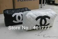 2013  Fashion Classic DAY CLUTCHES for  Women PU soft  Purse /Ladies' clutch bag / makeup bag  Black & white color