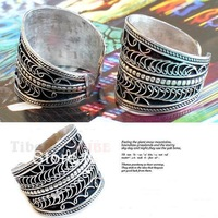 R136  Tibetan silver amulet man rings,Nepal antiqued vintage flower silk adjustable ring