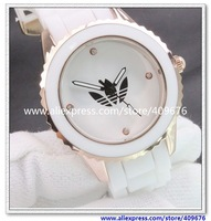 Free shipping 1pcs 2013 New Arrival Hot Sale Black And White Popular Name Brand Three Clover Silicon Rubber Unisex Watch