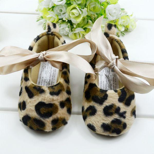 Produtos para bebés Whlosale , comprar sapatos de bebê baratos da China , sapatos de bebê cuidados mãe, primeiro caminhantes meninas, 6pairs / lot(China (Mainland))
