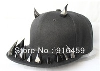 Promotion Free shipping Christmas quality guranteed  Devil's claws PUNK Party baseball snapback Visors Spike studs Cap hats