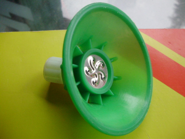 Agricultural sprayer porous - protection cover nozzle - - herbicide nozzle(China (Mainland))