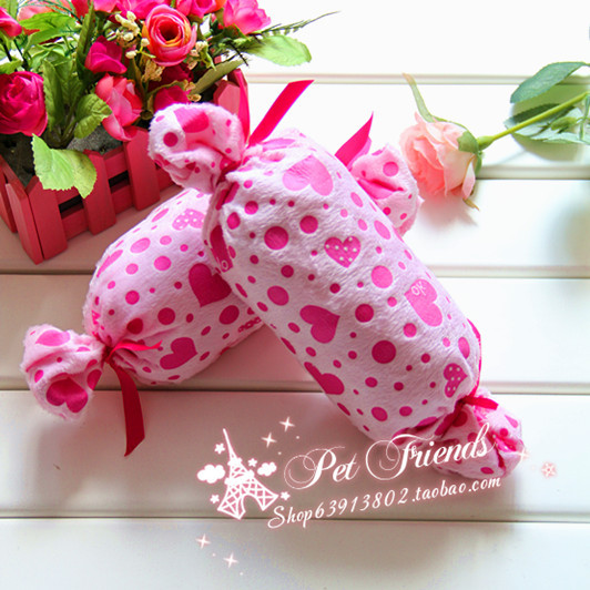 Pet dog pillow toy candy love small pillow pink heart pet supplies(China (Mainland))