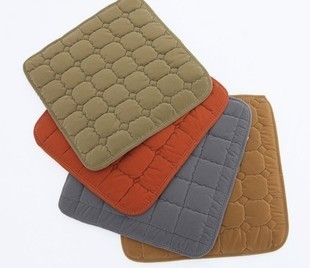 Winter down cotton flock printing pad car seat cushion winter cushion four seasons mat household 2 vehienlar(China (Mainland))