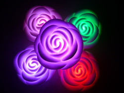 Rose small night light colorful romantic gift light-up toy 50g(China (Mainland))