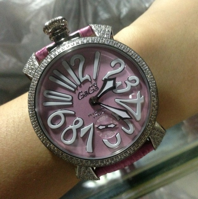 2013gaga needle department of pink stone large dial mechanical revealed at fashion watch(China (Mainland))