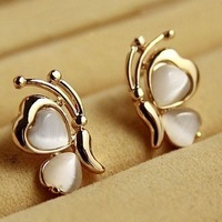 Free shipping (Min order $10) 2014 Fashion  gem peach heart butterfly stud  earrings  female  A0058