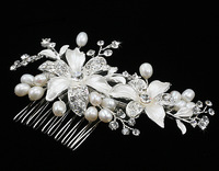 Wholesale Pearl Crystal Flower Hair Comb 3080 . 2013 New Fashion Bridal Accessories Wedding Jewelry Rhinestone Free Shipping