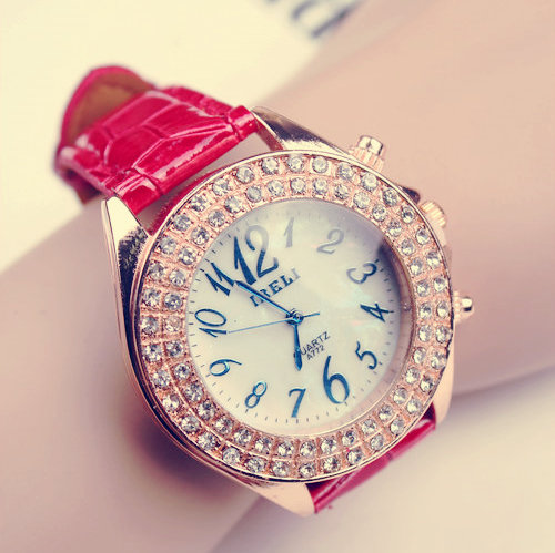 Brief paragraph female watch unisex vintage watch rhinestone crocodile skin accessories watch(China (Mainland))