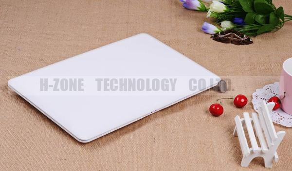 13.3 inch Ultra slim laptop brand new 4G RAM& 320G HDD Win 7 WIFI Dual core 1.86ghz Webcam best ultrabook laptop free shipping(Hong Kong)