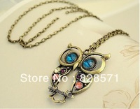 Europe America Jewelry Retro Fashion Vintage Tri-color Inlay Hollow Carved Cute Owl Sweater Chain Bronze Necklace-NA0038