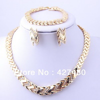 New style alloy rhinestone costume necklace set 3pcs african gold plated women party gifts wholesale jewelry sets