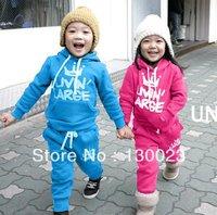 2013 Children Crown Suits Kids Flannelette Sport Suits Boys Crown Hoodies Suit Girls 2pcs Sets Clothing Wholesale Free Shipping!