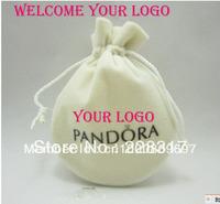 6.8*8.5cm customize logo size logo luxury velvet jewelry pouches ring bag bracelate pouch