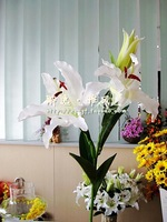 Free shipping artificial flowers silk flowers artificial flowers single branch Lily