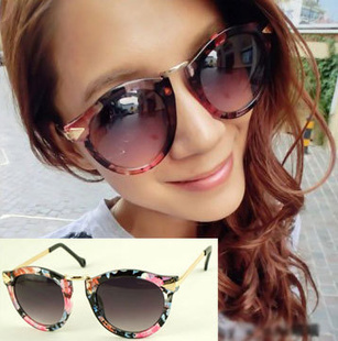 KAREN designer Women sun glasses with 100% UV400 protection GOGGLES  sunglasses WOMEN ARROW metal