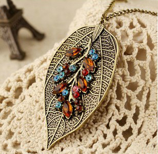 Free shipping,Min order 15$ (Mixed order) Wholesale Fashion Retro Luxury Tree Stem Leaf Vein Rhinestone Pendant Sweater Necklace