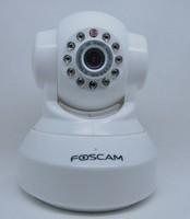 1PCS HD 720P FOSCAM ip camera WIFI two-way audio wireless webcam FI9818W color white