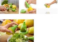 1Set/2pcs Free Shipping Fruit Citrus Lemon Lime Orange Mist Sprayer Juice Maker Juicer Kitchen Tool