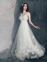 Latest 2013 petals lace sweet of this summer white wedding dress princess wedding dress formal dress lw176  china dress