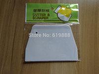 New DIY Medium Baking Scraper Cutter Butter Knife Plastic Cake Dough Scraper Cutter Kitchen Baking Boards Tools