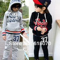 New 2014 retail children's clothing cotton fleece warm letter applique child hooded sweatshirt long trousers set Free shipping