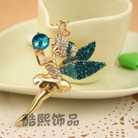 2013 Creative Fashion Exquisite Angel Rhinestone Car key Creative Men Women Crystal Keychain YS061