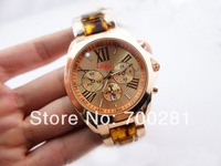 Free Shipping + 2014 New Arrival Hot Selling Luxury Fashion Ladies quartz watch Women/Men Gold Round Dial Roman Style Wristwatch