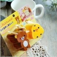 2pcs/set rilakkuma easily bear DIY bear and chicken shape Rice ball sushi bread  sandwich cake cookie mold mould cutter