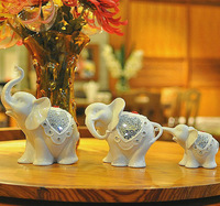 Porcelain Craft Home Decoration Wedding Gift White Glazed Porcelain Elephant Family