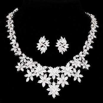 Swiss Cubic Zirconia Diamond with micro CZ Surround Swan Diamond Wedding Jewelry Set ( Niceter JS006)