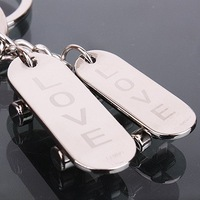 Creative Gift Metal Keychains Spot Mom-and-Pop Couple Keychain With Skateboard For Lovers Souvenir Gift Lovers Decoration SL-607