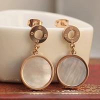 2014 New Brinco Fashion Simple Natural Sea Shell Earrings Female Luxury Brand Replica Jewelry Women Titanium Earring Acessorios