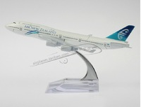 Air New Zealand B747 400 Airlines Boeing Plane Model 16cm Alloy Airways Aircraft Model Kids Educational Toy Game Free Shipping