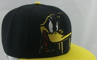 daffy duck Snapback Caps black two different styles classic cartoon hats wholesale & dropshipping Freeshipping !