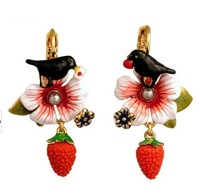 2013 fashion Free shipping les nereides**  Luxury Jewelry Berry Flower Statement Earrings Queen OEM  wholesale