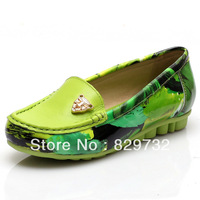 Free shipping Genuine leather autumn 2013 plus size flat gommini single shoes loafers leather shoes flower