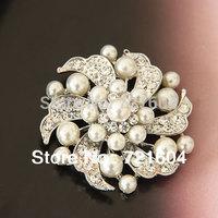 Cheap fashion pearl Rhinestone weeding brooch flower woman Fashion pearl brooches Full $6 pack mail