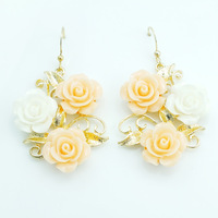 2013 Hot Selling Lnnovative items Fashion  Cute Sweet Rose Shaped  Resin Earrings for Women Girls  Earrings
