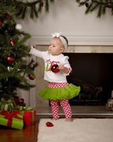 Super beautiful and Top Quality 2013 New autumn children's clothing baby girls Christmas Costume set child t-shirt+pants suits