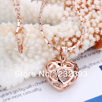 Free shipping,Women's temperament short paragraph clavicle chain necklace,Hollow heart pattern,18K Rose gold+Rhinestone crystal