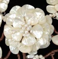 BBV//  Amazing white freshwater pearl shell flower fashion necklace flower necklace fashion necklace///Free ship