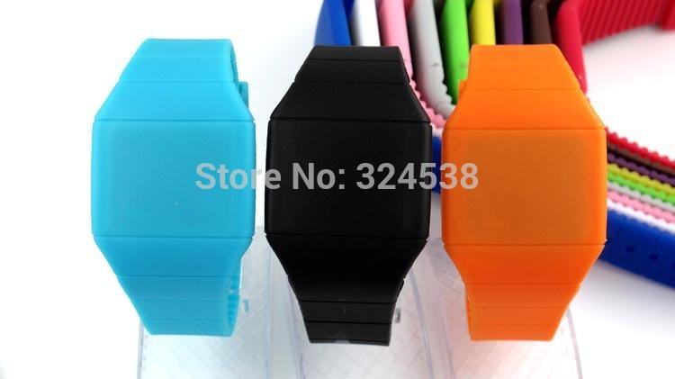 2014 Girls / Boys LED Watch Ultra-thin Design jelly Woman Unisex Students Electronic Silicone Strap ,Fashion watch(China (Mainland))