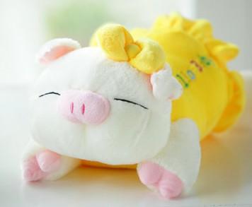 Pequeno brinquedo de pelúcia Grande boneca shote presente de aniversário travesseiro porco colegial(China (Mainland))