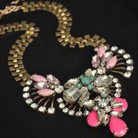 The latest fashion luxurious delicate amazing graceful imitation stone short necklace