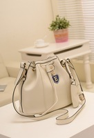 The new 2013, Japan and South Korea style great rice white smoke bag shoulder belt buckles bucket worn 3289 female bag