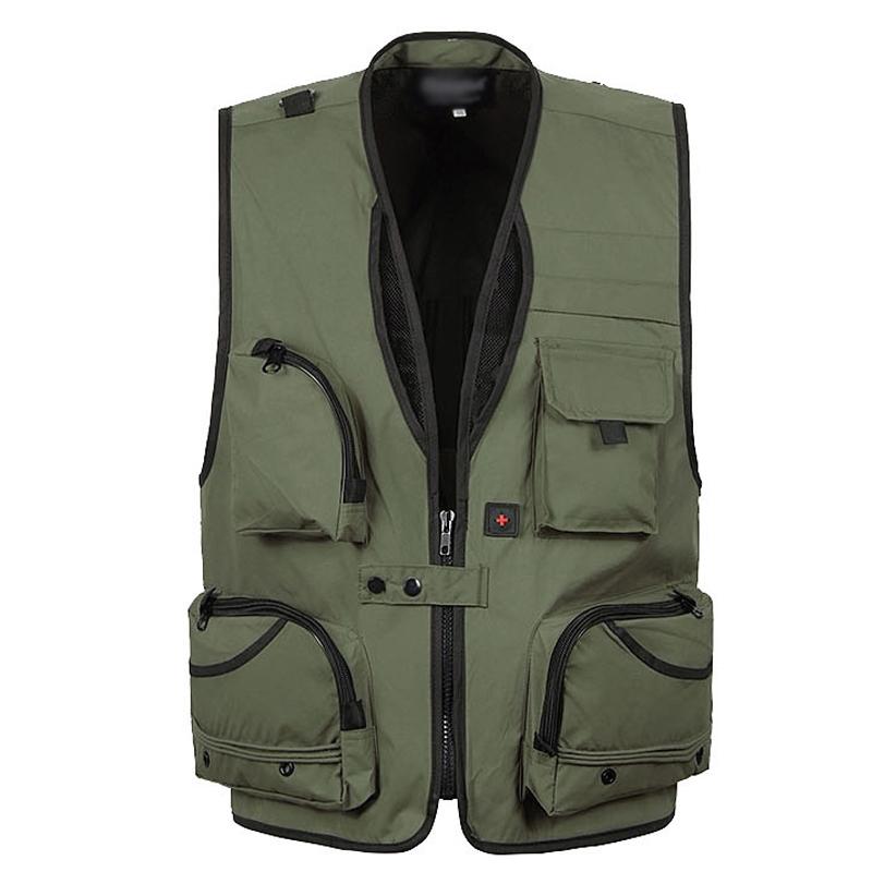 Man sleeveless outdoor vests coat many pockets photographer jpg